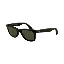 RAY-BAN RB2140 Original Wayfarer Polarised Lens Model  901/58  With Black Frame